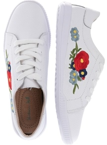 Floral Embroidered Sneaker